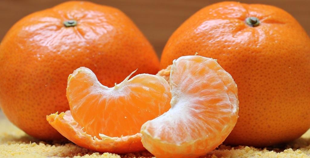 Orangenschäler Mandarinen schälen